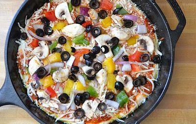 Pizza la tigaie cu mozzarella