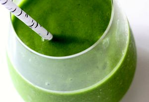 Smoothie_de_avocado_cu_spanac