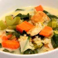 Supa de pui cu orez si legume