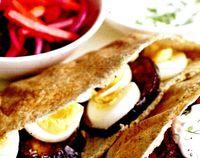 Sandwich_cu_lipie_si_legume