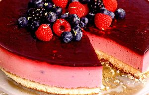 Tort_cu_spuma_de_fructe