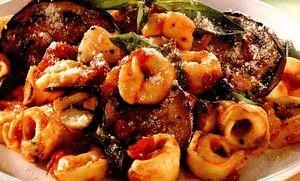Tortellini_cu_vinete_si_rosii_cherry