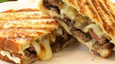 Sandwichuri_cu_pui_ceapa_si_maioneza_07