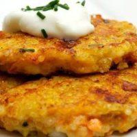 Burgeri vegetarieni cu quinoa