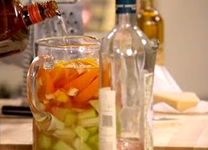 How_to_make_Rose_Sangria