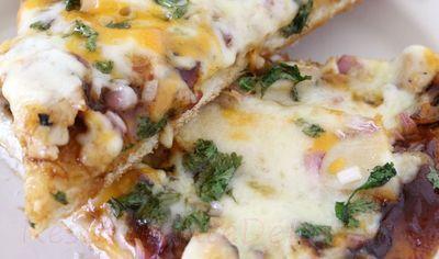 Pizza_cu_sos_barbeque_si_pui_20