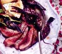 Salată tropicală cu carne de vită şi orez