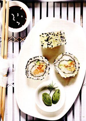 California_sushi_cu_creveti_si_sake