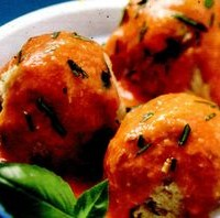 Chiftele de peste cu salata de porumb