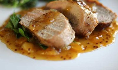 Roast_Pork_Tenderloin_with_Apricot_Sauce