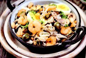 Salata picanta de fructe de mare