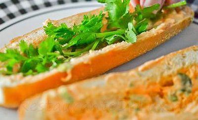 Sandwichuri_cu_chiftelute_de_porc_05