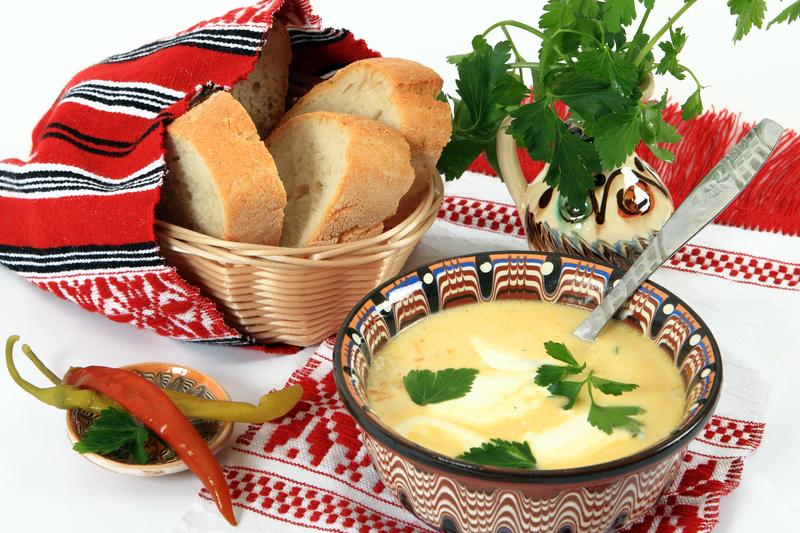 Supa de orez cu smantana si boia de ardei