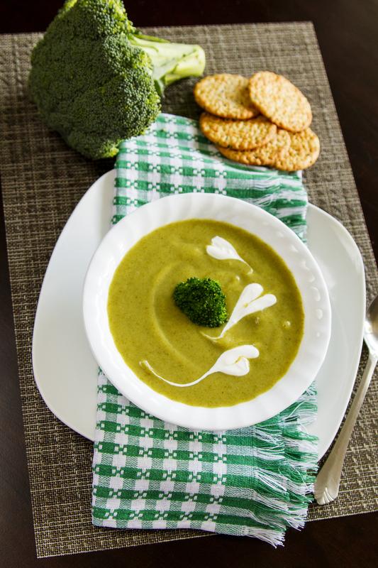 Supa de macris cu untura si smantana