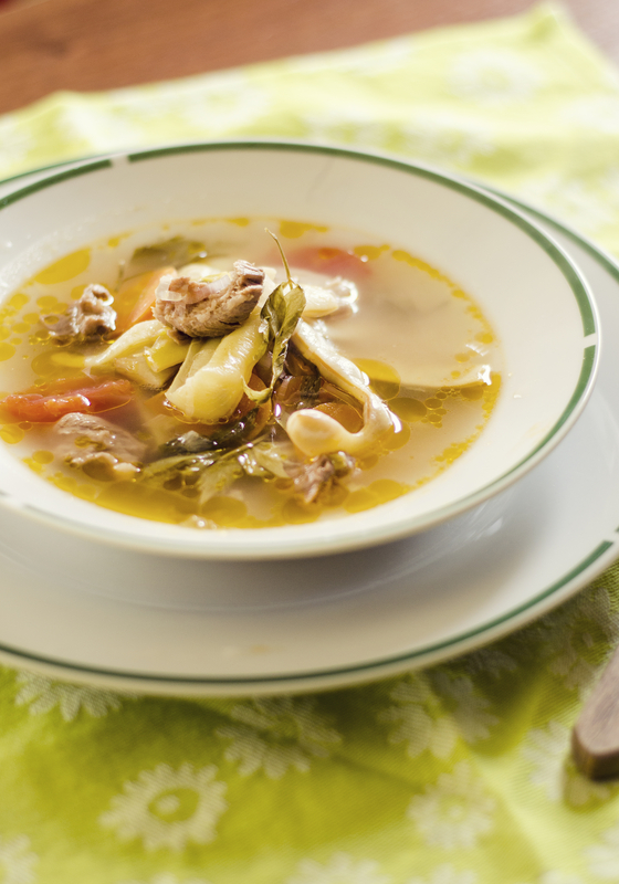 Supa de pasare cu sparanghel