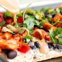 Pizza cu carne de curcan
