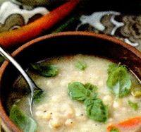 Supa de fasole boabe cu boia si tarhon