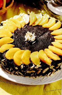 Tort_cu_cacao_si_piersici_sau_nectarine