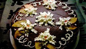 Tort_cu_fructe_de_kaki_si_ciocolata_neagra