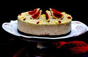 Tort_cu_smochine_goji_si_caju