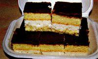Prajitura_cu_crema_de_cocos_si_ciocolata
