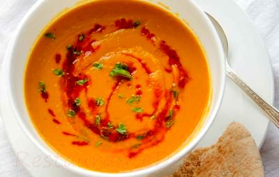 Supa crema de linte cu boia