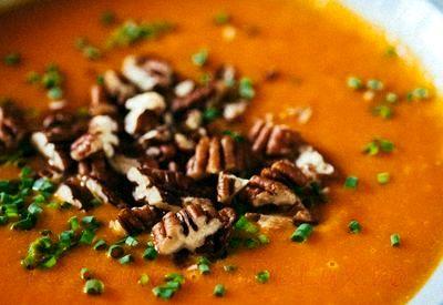 Supa de nuci si fructe de padure
