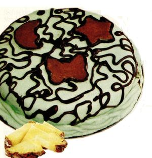 Tort_cu_ananas_ciocolata_si_fondant