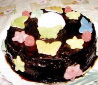 Tort_de_ciocolata_cu_esenta_de_vanilie_si_migdale