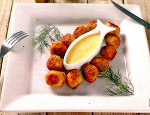 Bulete_de_cod_si_cartofi_cu_sos_de_usturoi