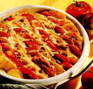 Cartofi cu rosii la cuptor