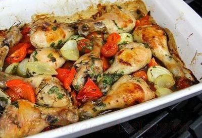 Ciocanele de pui cu legume si cimbru la cuptor