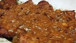 How_to_make_Steak_with_onion_mushroom_gravy