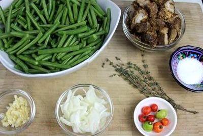 Mâncare de fasole verde cu năut si carne de vitel