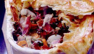 Mancare_de_legume_cu_burta_si_bacon