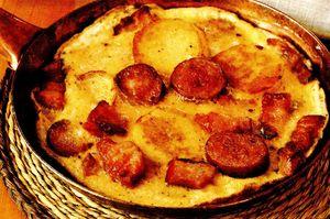 Omleta_cu_mezeluri_si_cartof