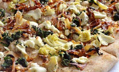 Pizza_cu_ceapa_caramelizata_06