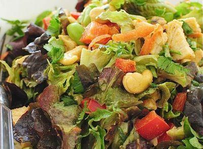 Salata de pui cu caju