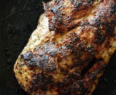 Sandwich-uri cu carne de porc, sunca si branza