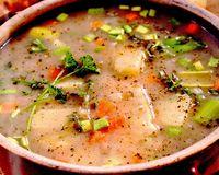 Supa de chimen cu boia de ardei