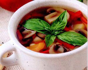 Supa rece de legume cu ceapa verde