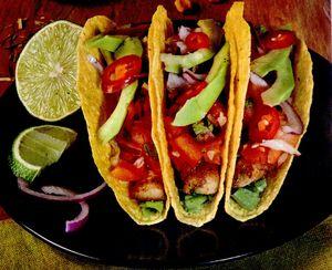 Tacos_cu_pui_si_ardei_iute