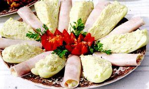 Aperitiv cu pasta de telina si cartofi