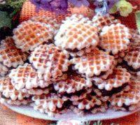 Biscuiti_umpluti_cu_crema_de_cacao_si_rom