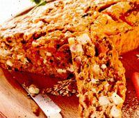 Chec de morcovi cu glazură de scorţişoară