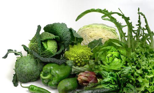 Salata de fasole verde cu nuci de pin