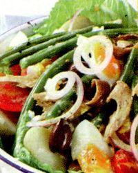 Salata_mediteraneana_cu_ansoa_rosii_si_ton