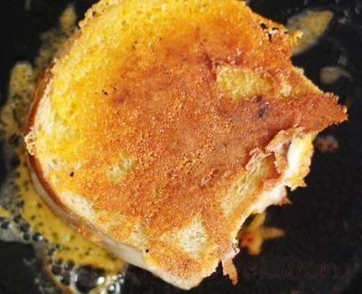Sandwich_cu_branza_si_kimchi_03