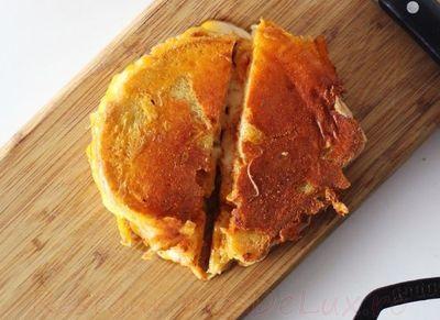 Sandwich_cu_branza_si_kimchi_07