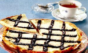 Tarta_cu_branza_si_crema_de_ciocolata